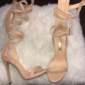 7b99298c25319 Shoes - Nude super strappy heels